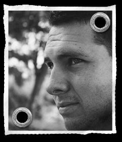 Pasfoto Andy Dalderop | Over ons | de Walserij | on- & offline grafische vormgeving